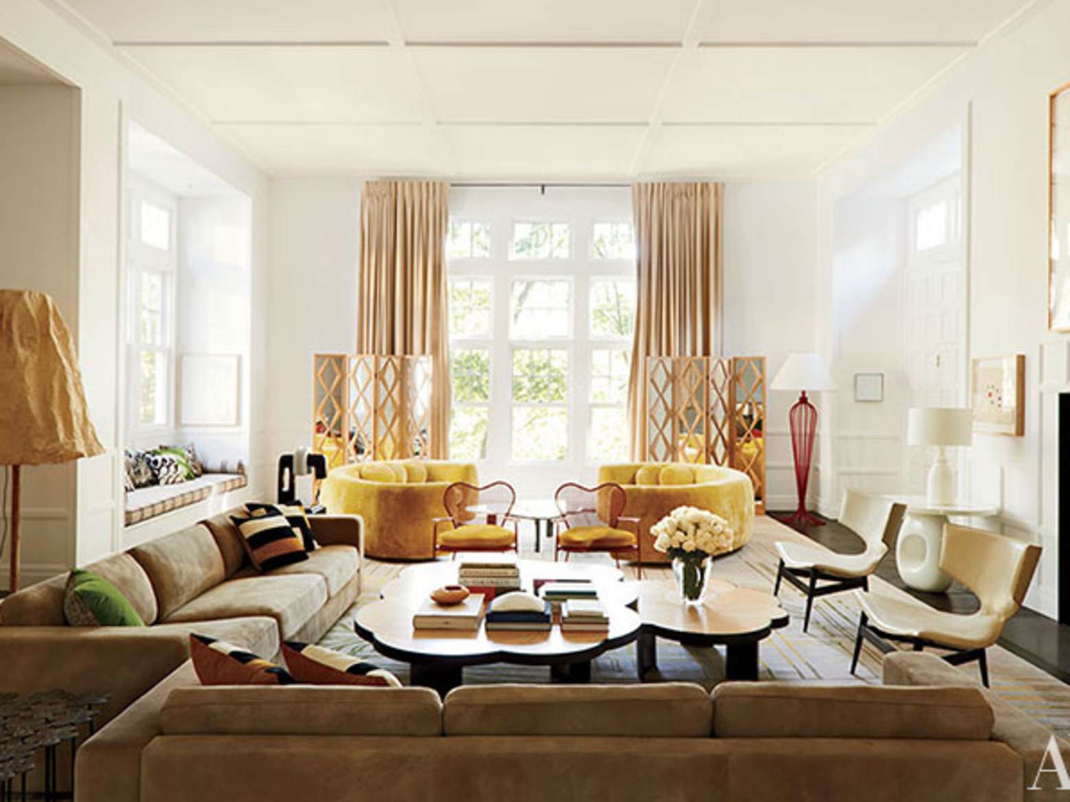 Furniture ideas for an elegant and refined living room for Living room furniture designs in india