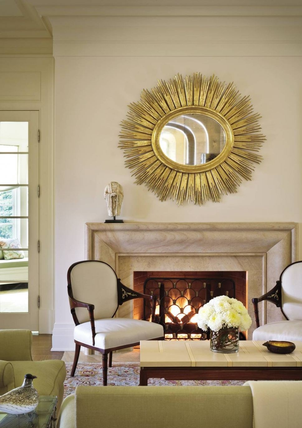 How to Decorate with Round Mirrors your Living Room_02 how to decorate with round mirrors your living room How to Decorate with Round Mirrors your Living Room ? How to Decorate with Round Mirrors your Living Room 02 1