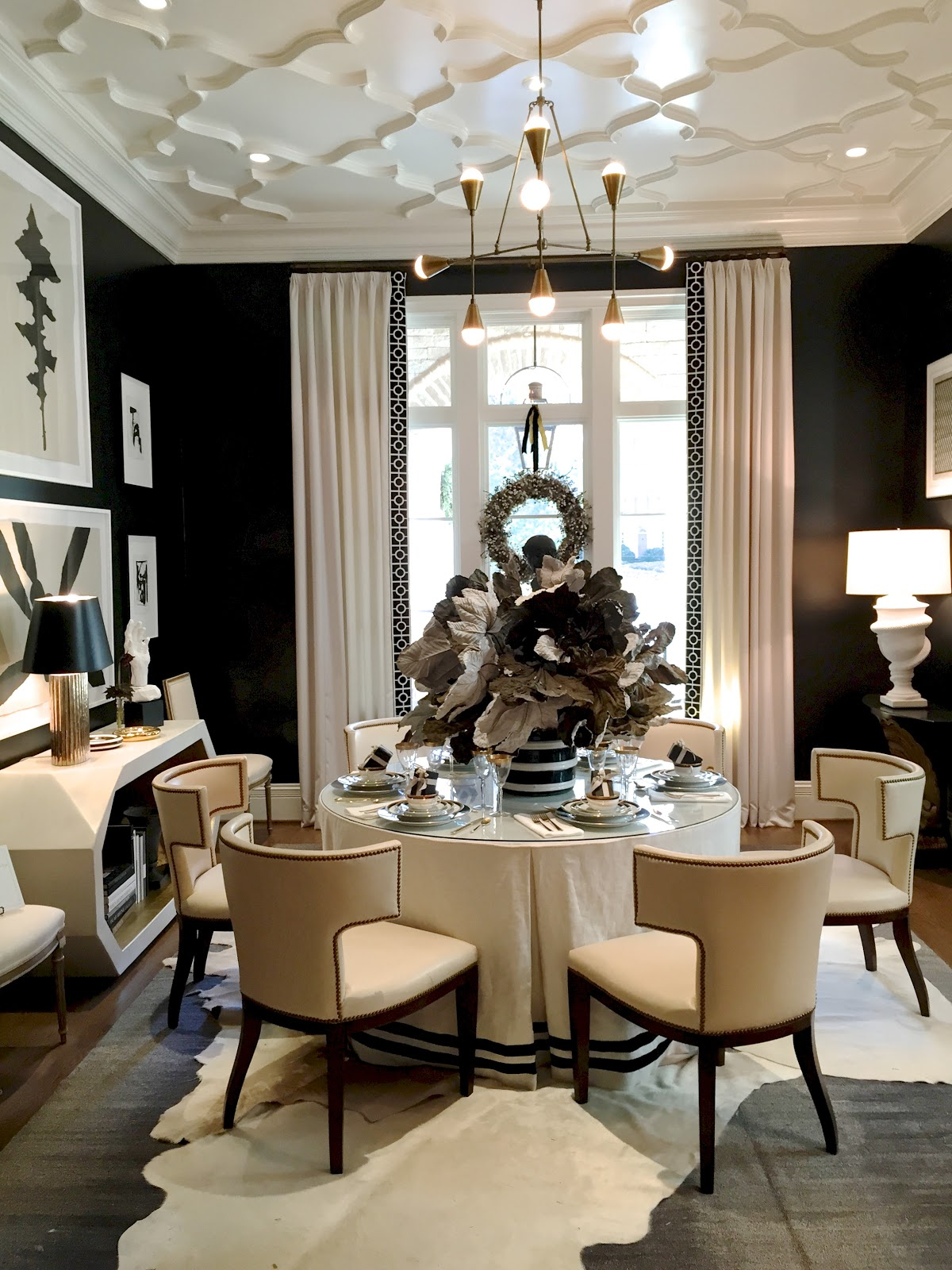 Sophisticated dining room ideas for your home design - Black walls in dining room ...