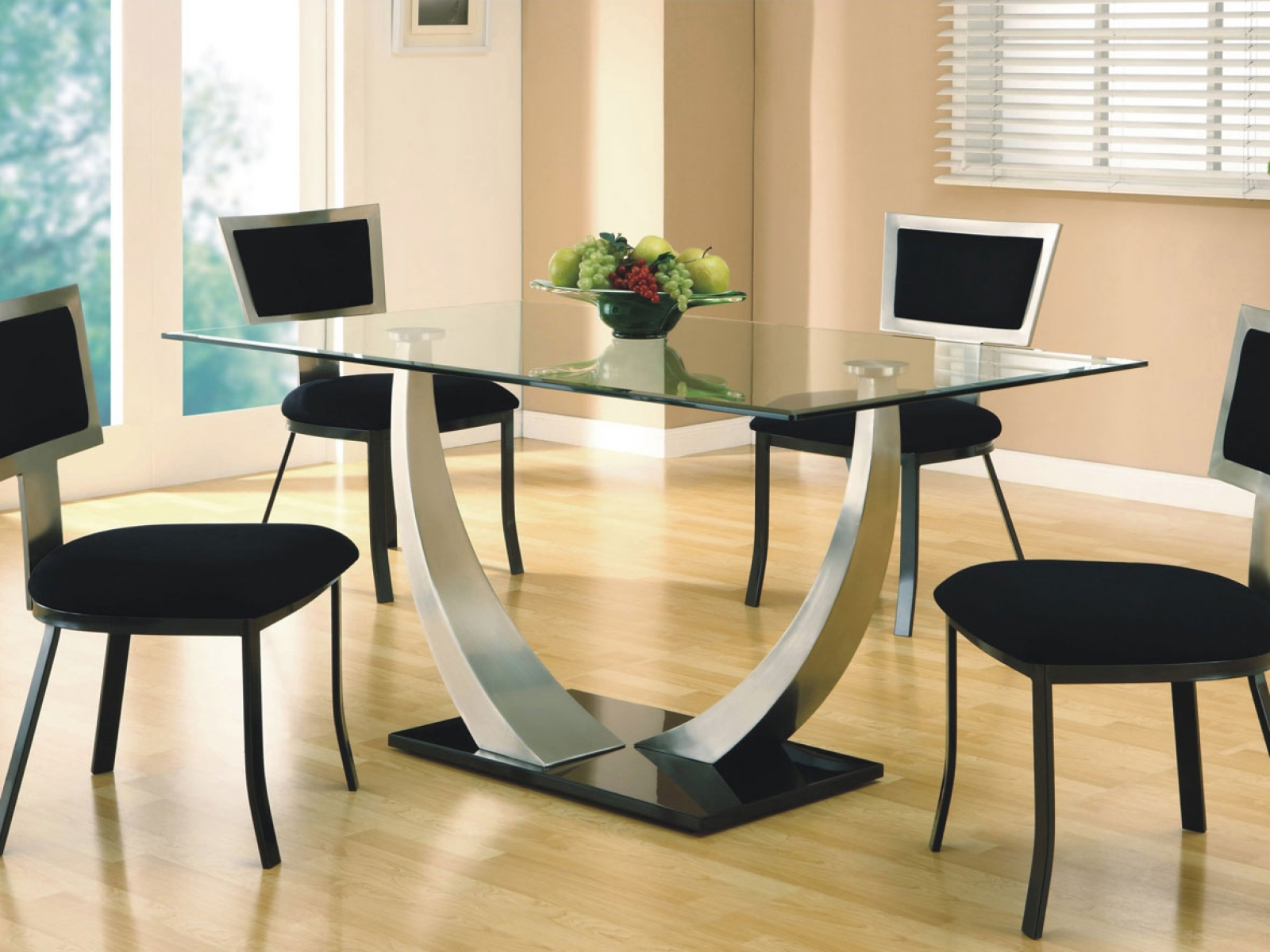 Square dining table design for your home d cor for Glass dining table designs