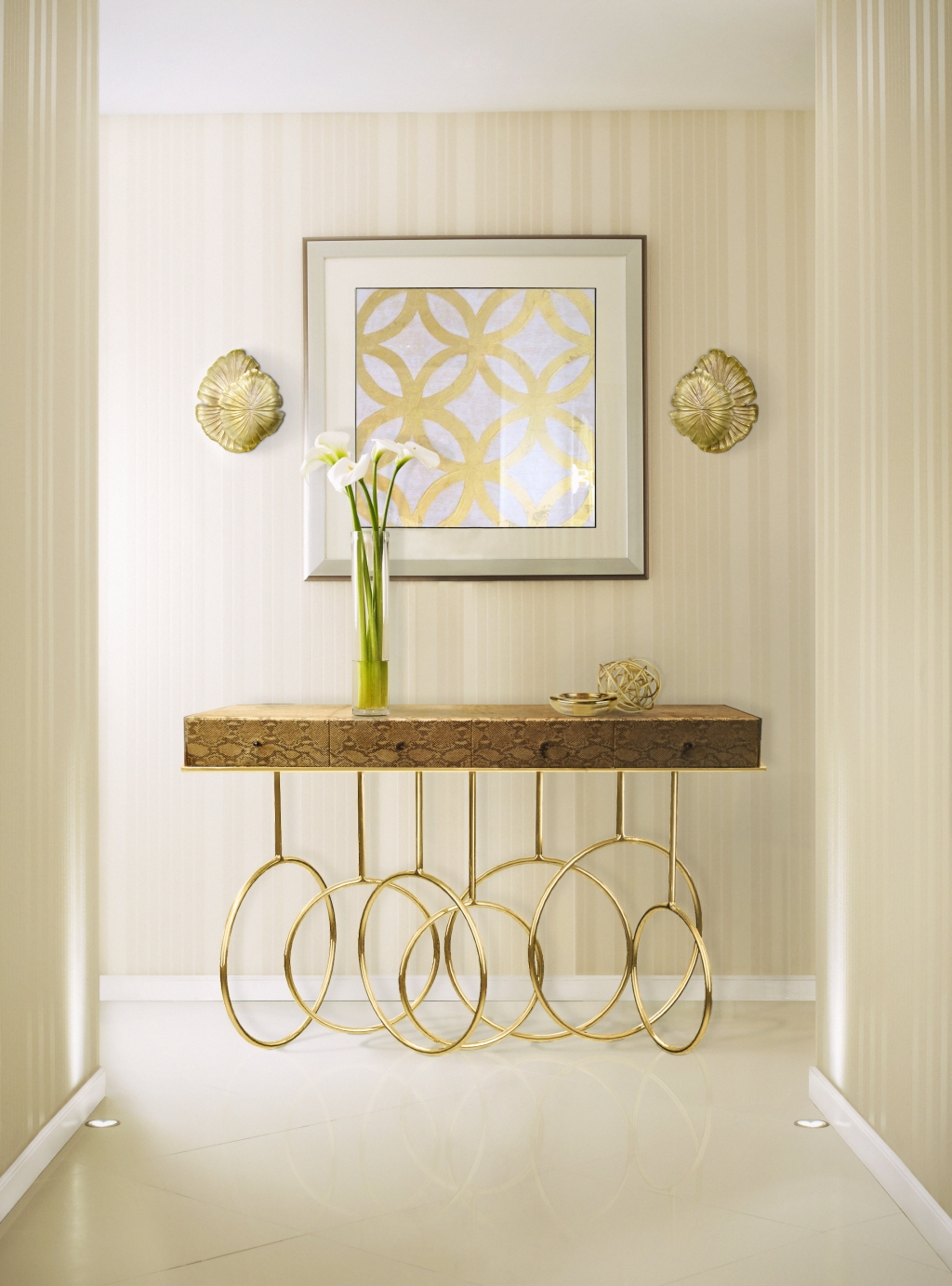 Elegant Sconces for your Living Room Design