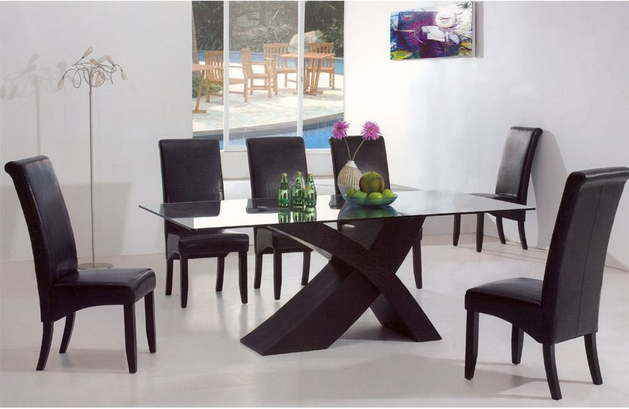 modern dining tables 25 Trendiest Modern Dining Tables for your Dining Space Amazing Modern Dining Table Decorating Ideas to Inspire You22 e1468341680414