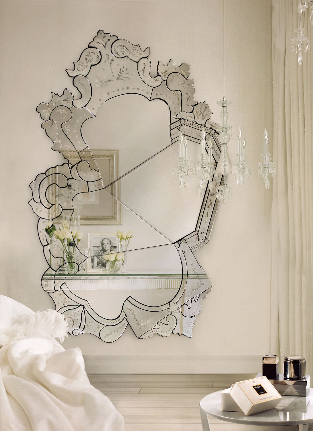 Stunning Wall mirrors Décor Ideas for Your Home7