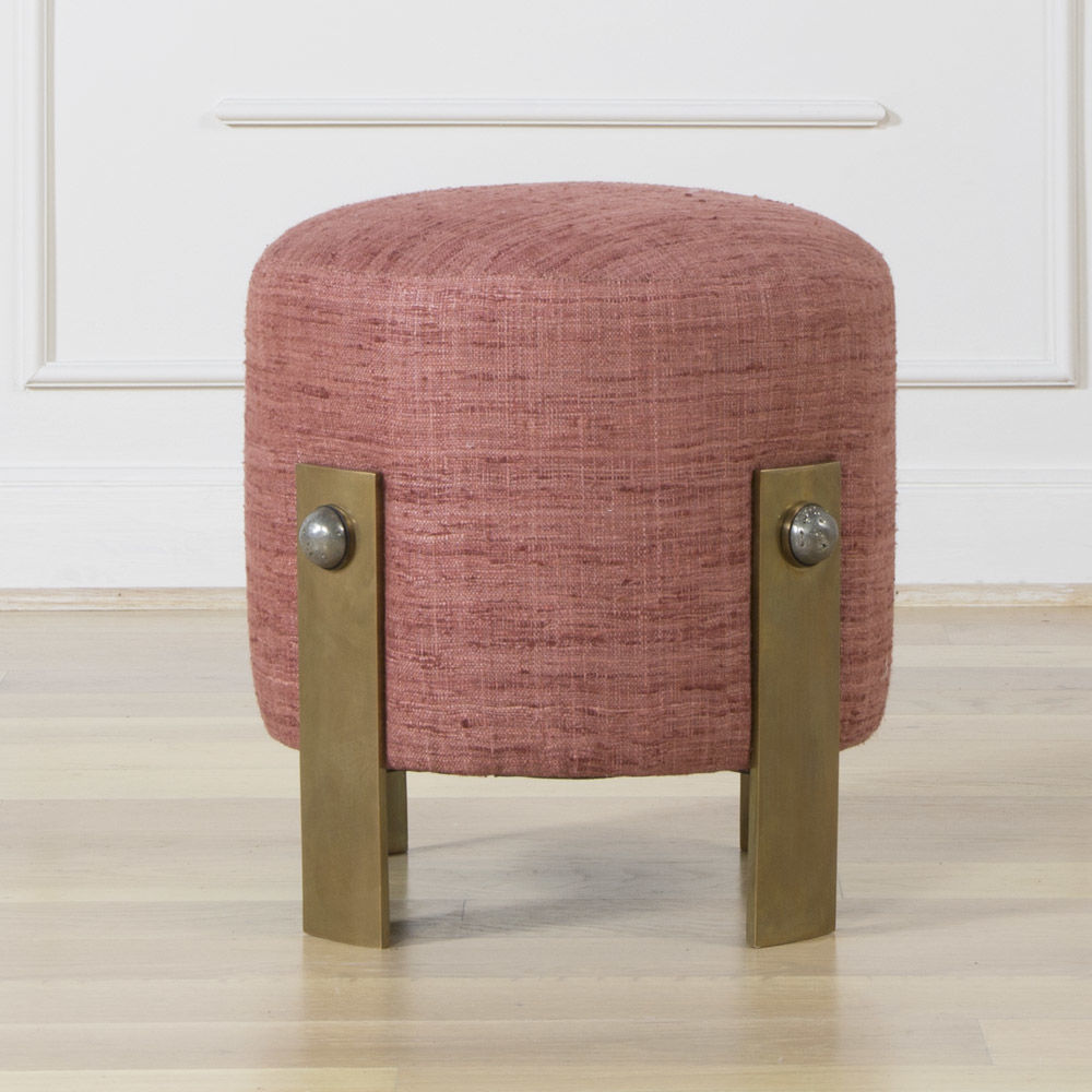 Improve your Living Room Style with Gorgeous Stools6 living room style Improve your Living Room Style with Gorgeous Stools Improve your Living Room Style with Gorgeous Stools6