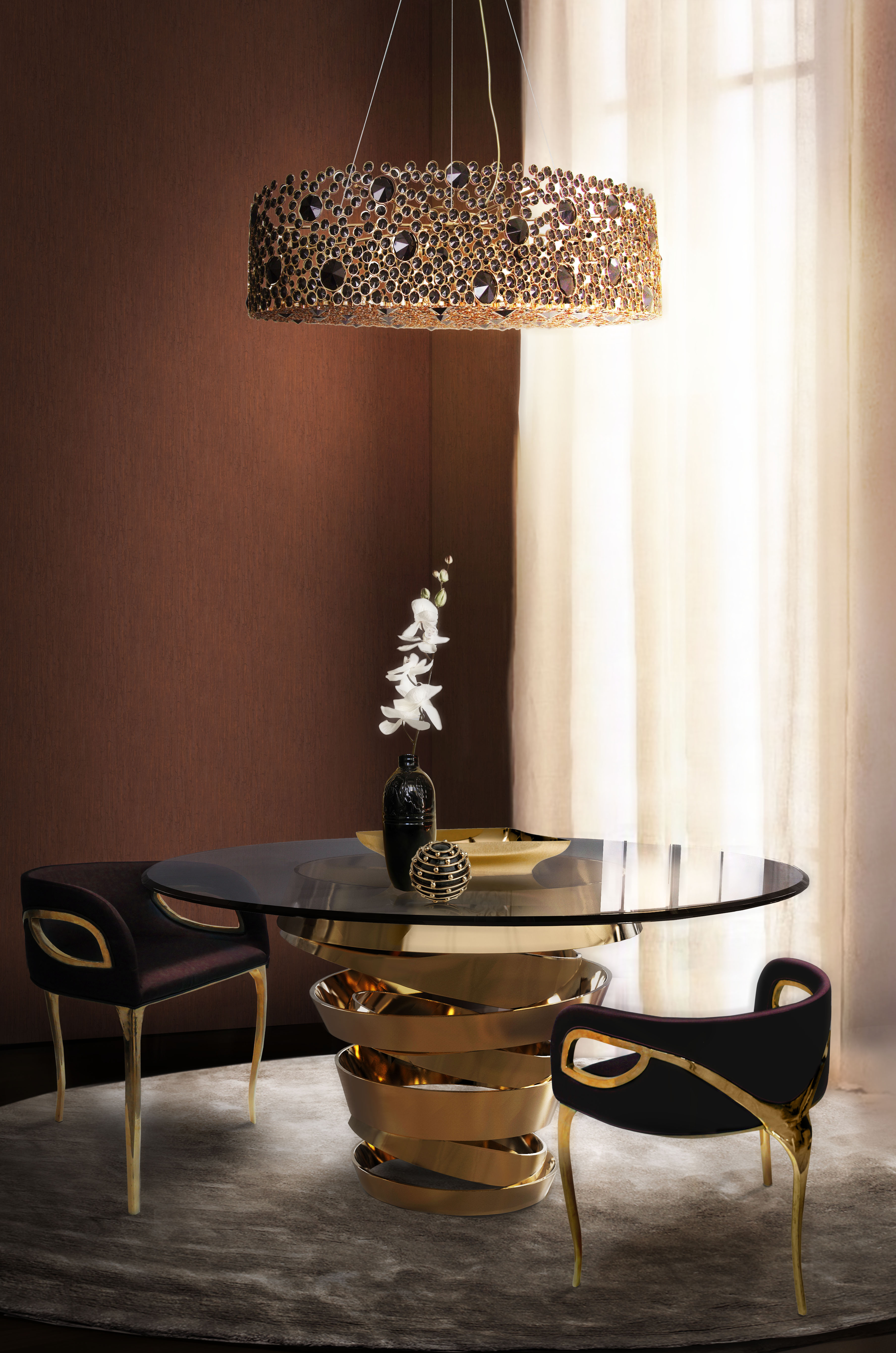 The best black and gold decorating ideas for your dining room for Gold and black living room ideas
