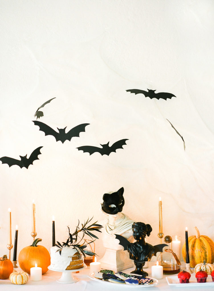 Halloween  Dining Tables Décor for Halloween The Best Dining Tables Décor for Halloween The Best Dining Tables D  cor for Halloween7