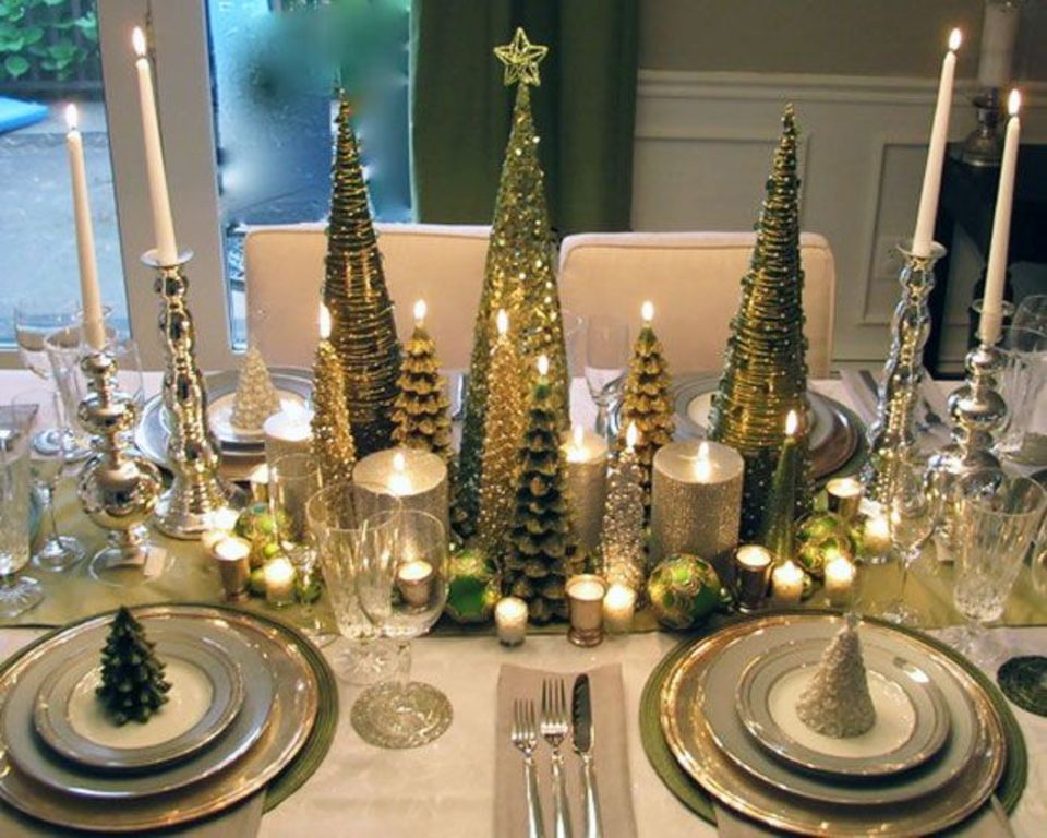 10 Gorgeous Table Settings for Christmas that you Will Love table settings for christmas 8 Gorgeous Table Settings for Christmas that you Will Love 10 Gorgeous Table Settings for Christmas that you Will Love6