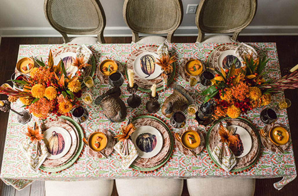 10 Stylish Ways to Decorate your Dining Table for Thanksgiving  Dining Table for Thanksgiving 10 Stylish Ways to Decorate your Dining Table for Thanksgiving 10 Stylish Ways to Decorate your Dining Table for Thanksgiving3