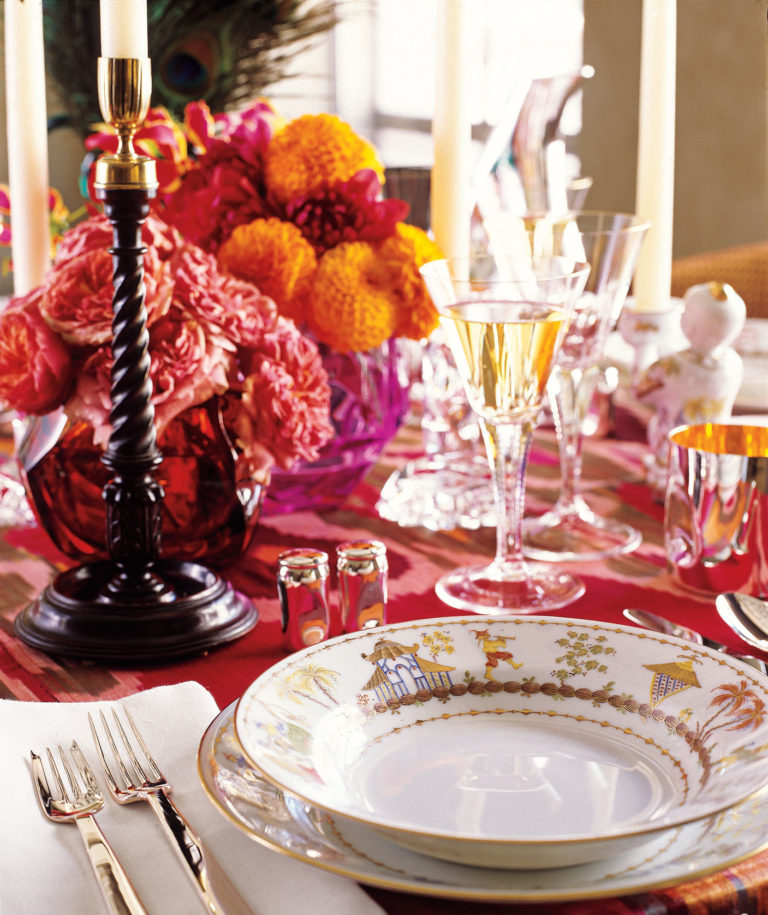 10 Stylish Ways to Decorate your Dining Table for Thanksgiving  Dining Table for Thanksgiving 10 Stylish Ways to Decorate your Dining Table for Thanksgiving 10 Stylish Ways to Decorate your Dining Table for Thanksgiving7