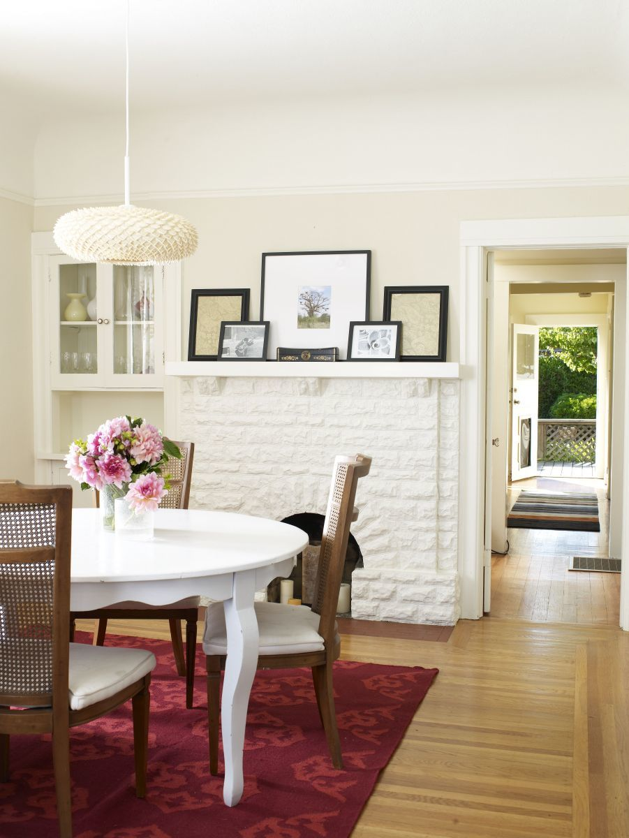 How to make a small dining room look bigger for Small house dining room