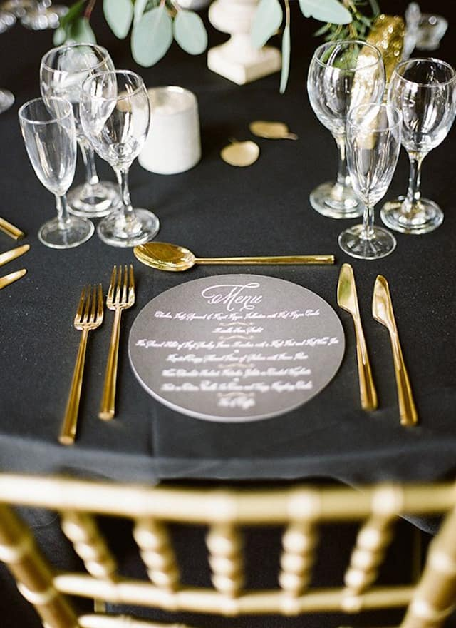 Get a Luxury Table Setting for New Year's Eve