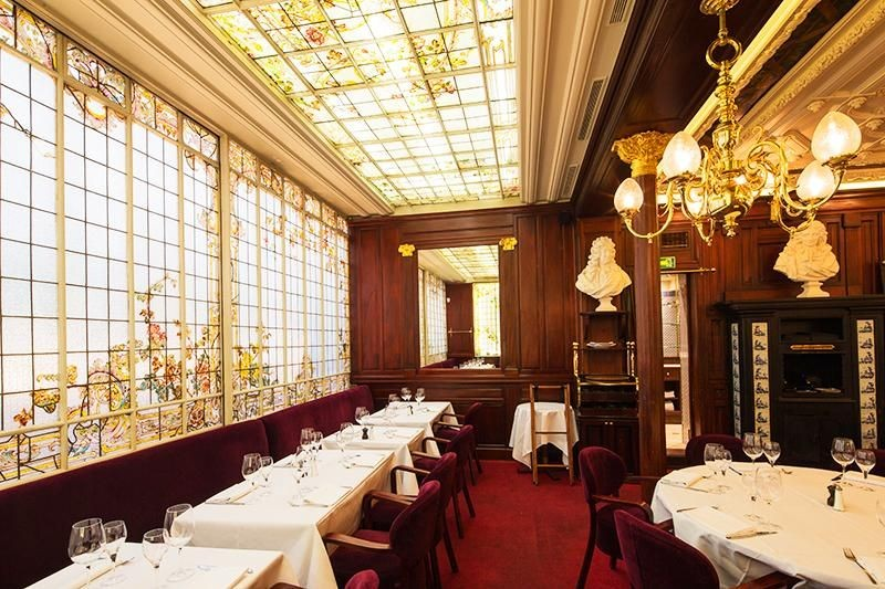 Inspiring Interior Design Ideas from Parisian Historical Restaurants interior design ideas Inspiring Interior Design Ideas from Parisian Historical Restaurants Parisian Restaurants 1