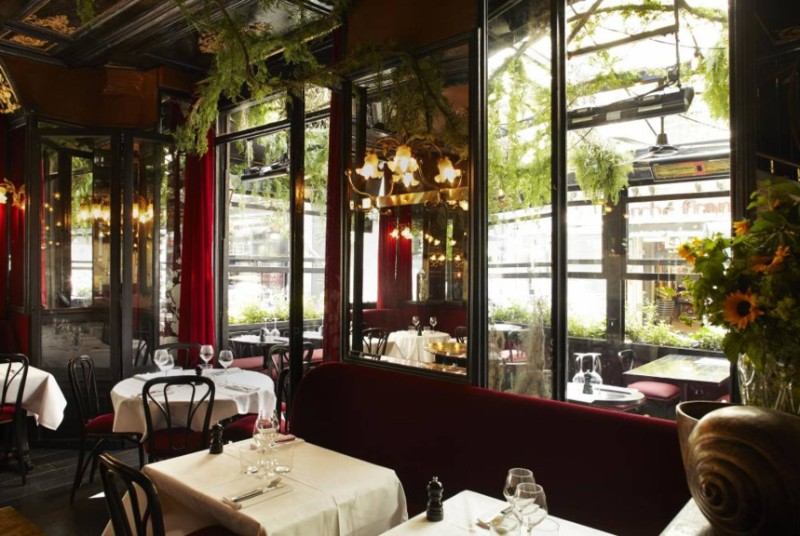 Inspiring Interior Design Ideas from Parisian Historical Restaurants interior design ideas Inspiring Interior Design Ideas from Parisian Historical Restaurants Parisian Restaurants 6