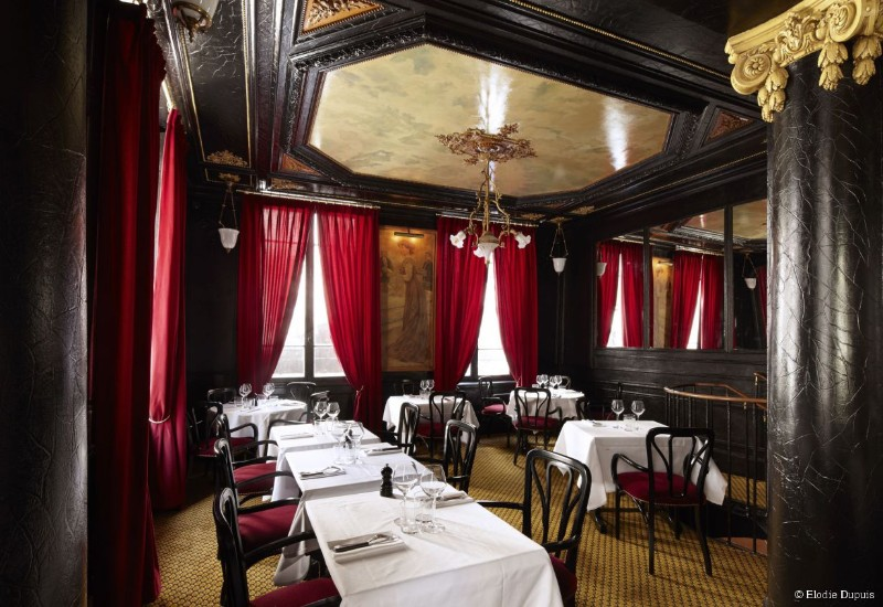Inspiring Interior Design Ideas from Parisian Historical Restaurants interior design ideas Inspiring Interior Design Ideas from Parisian Historical Restaurants Parisian Restaurants 7