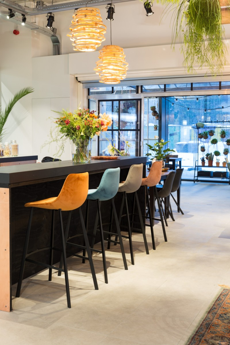 Modern Bar Chairs That Fascinate with Their Design bar chairs Modern Bar Chairs That Fascinate with Their Design Bar Chairs That Fascinate with Their Design 4