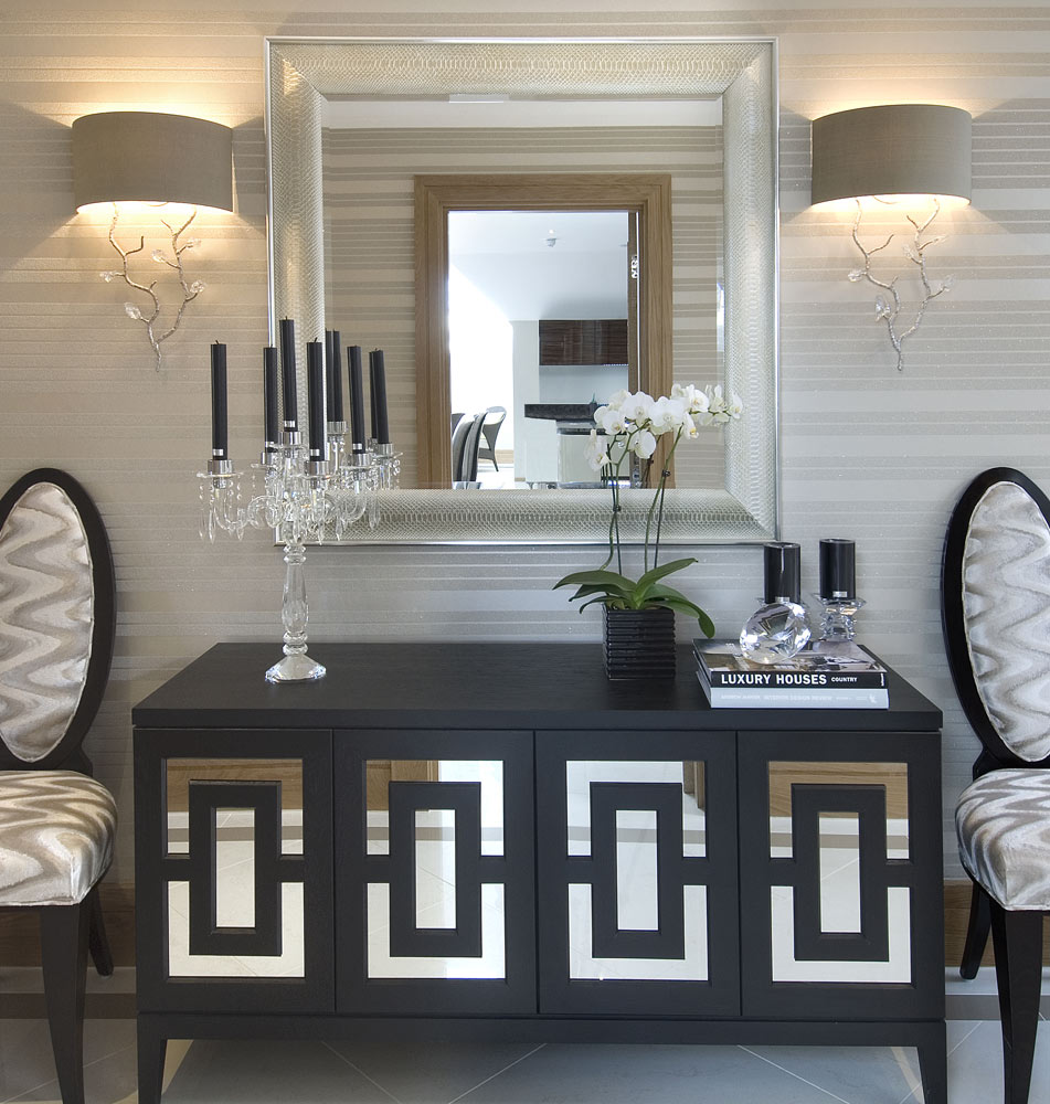 10 Stunning Cabinets For Your Dining Room Decor