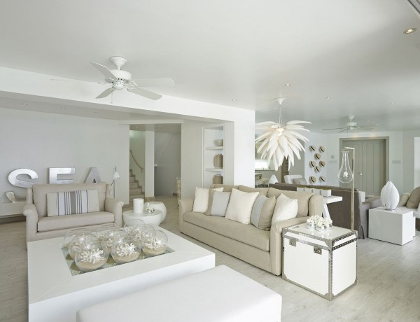 kelly hoppen living room ideas 10 Kelly Hoppen Living Room Ideas le salon decore par kelly hoppen dans un degrade de beige 5308579 600x460