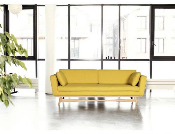 trendiest sofas The Trendiest Sofas to have in your Living Room Décor The Trendiest Sofas to have in your Living Room D  cor2 600x460