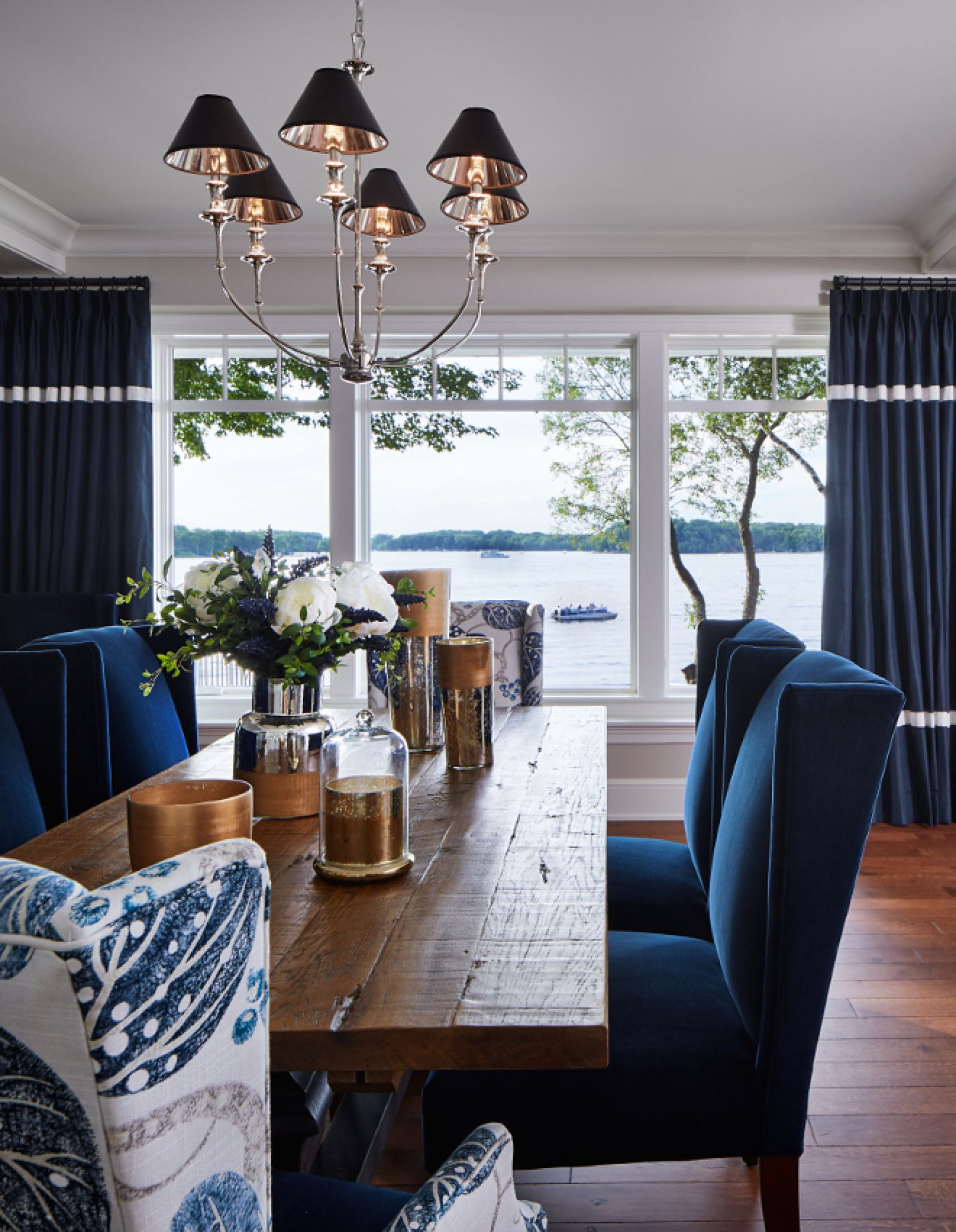 10 Trendy Dining Room Decorating Ideas for this Summer on Trendy Room  id=39579