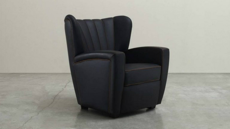 modern armchairs Get Ready to Relax in These Fabulous Modern Armchairs ZARINA BLACK ARMCHAIR BY CESARE CASSINA