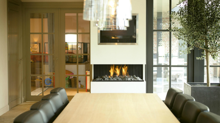 Modern Fireplaces Heat Up This Winter Season with These Modern Fireplaces Heat Up This Winter Season with These Modern Fireplaces 3